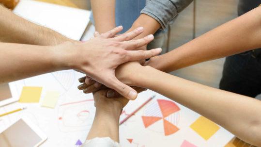 Team Building como evento corporativo trimestral qosITconsulting - qosITnews